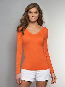 Essential V-Neck Long-Sleeve Tee