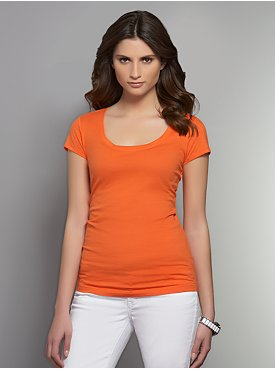 Essential Scoop-Neck Short-Sleeve Tee