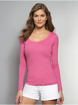 Essential Scoop-Neck Long-Sleeve Tee