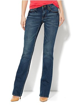 Bootcut Curvy Jean - Vintage Shore Wash - Average