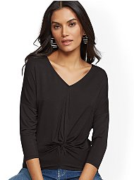 Display product reviews for Soho Soft Tee - V-Neck Twist-Front Top