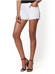 Display product reviews for Soho Jeans - White 4-Inch Bowery Short