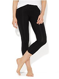 Display product reviews for Crop Yoga Legging - Solid