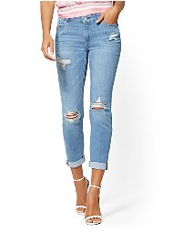 Display product reviews for Soho Jeans - Destroyed Curvy Boyfriend