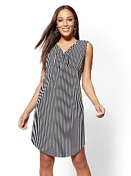 10c3647d52ab Display product reviews for Striped Split-Neck Shift Dress