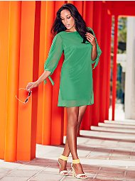 Display product reviews for Sweet Pea - Green Tie-Detail Shift Dress